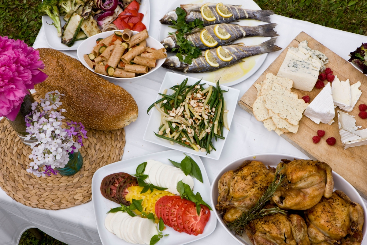 5 Tips for Outdoor Catering in the Summertime Heat - Uncategorized