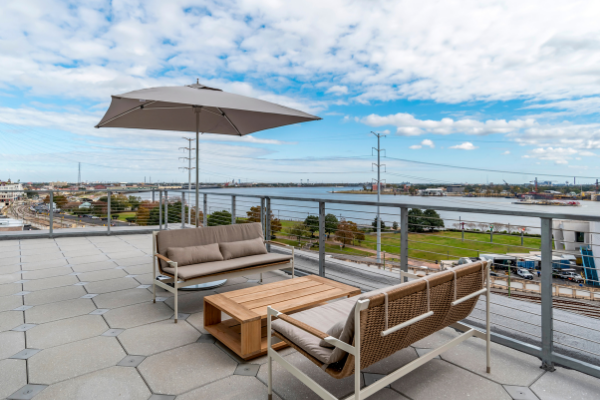 Batture Rooftop Terrace Penthouse Suite