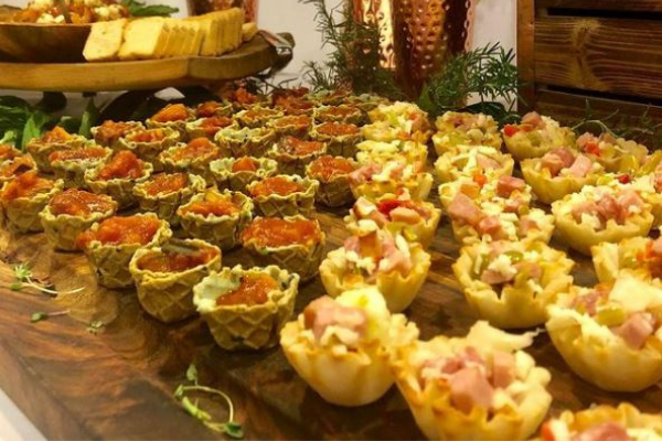 Messina's Catering edible bowls